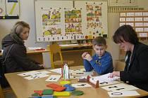 Úterní zápis prvňáčků v ZŠ Dany a Emila Zátopkových v Třinci. Očekává se, že v září zde do prvních tříd nastoupí asi čtyřicet dětí.