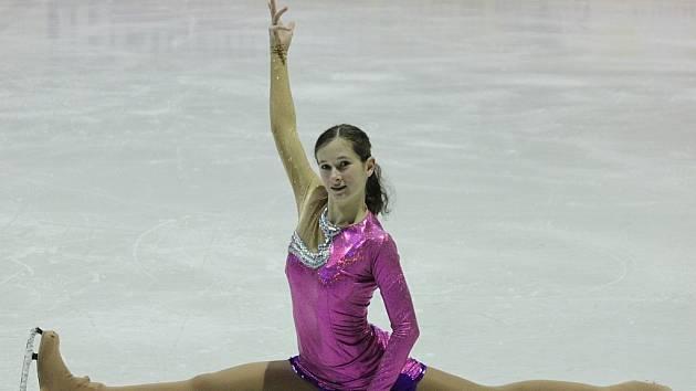 Terezie Šostá skončila pod vedením trenérky Ivany Tokošové na mistrovství ČR v kategorii juniorek na třináctém místě.