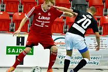 Futsalisté Třince (v červeném) nestačili v domácím prostředí na Teplice.