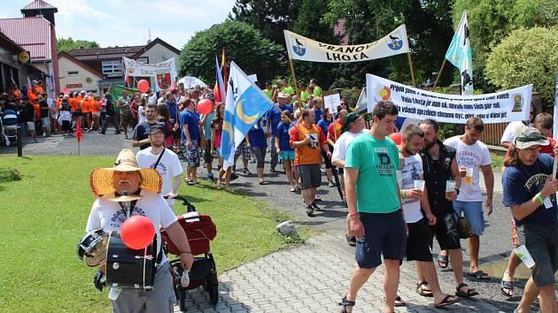 Sraz Lhot a Lehot z Česka a Slovenska ve Lhotce pod Ondřejníkem.
