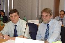 Ilustrační foto. Zastupitel ODS Igor Svoják (vlevo) na snímku se zastupitelem Miloslavem Mertou.