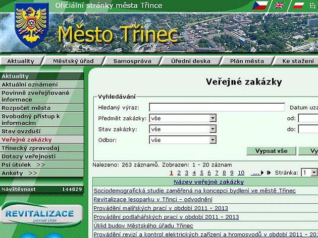Volně přístupná databáze veřejných zakázek na webových stránkách města.