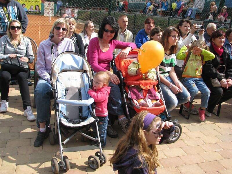 Bohatý program plný angličtiny, pohybu a zábavy připravila na sobotní odpoledne agentura FUN-PRO promotion agency ve spolupráci s jazykovou školou Schäfer school.