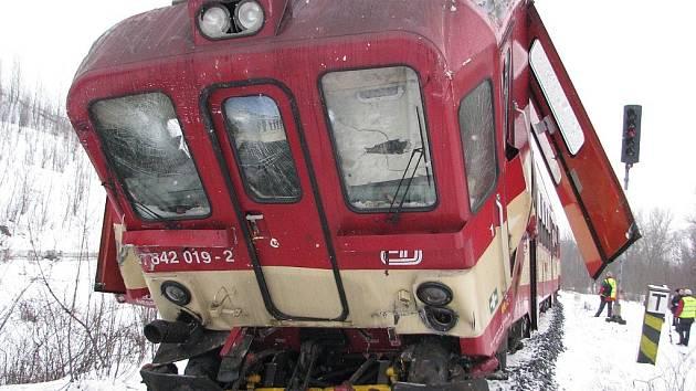 Vlak, jehož strojvedoucí pravděpodobně srážku zavinil.