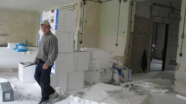 Kompletní oprava oldřichovické školky potrvá do konce srpna.