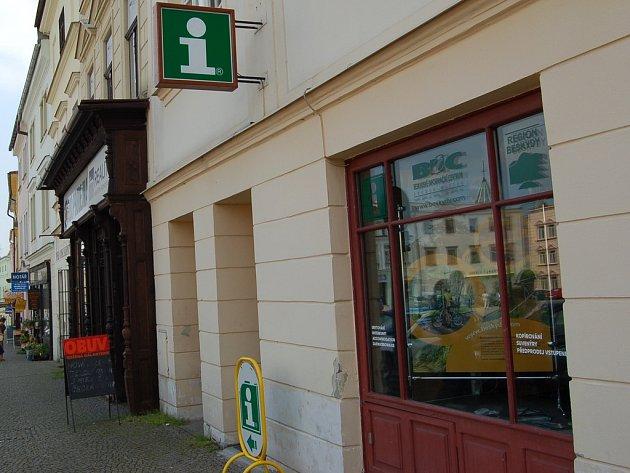 Nová pobočka BIC na Zámeckém náměstí ve Frýdku-Místku.