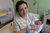 Rostislav Grygerek s maminkou, Třinec, nar. 17.5., 49 cm, 3,02 kg, Nemocnice Třinec.