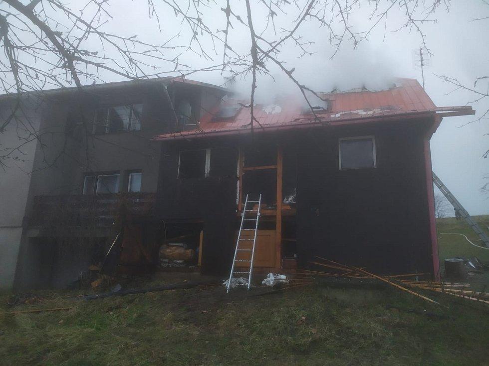 Zásah u požáru rekreační chaty na Jablunkovsku.