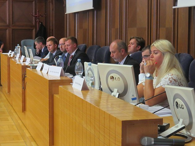 Zasedání zastupitelstva ve Frýdku-Místku.
