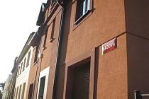 Firma Rexx Reality má kancelář v tomto domě na Sadové ulici.