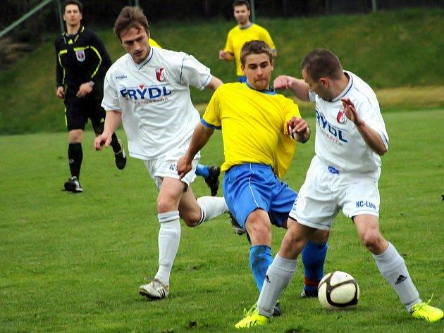 Kozlovice konečně na jaře zabraly a díky gólu Ermise z poslední minuty porazily Libhošť 2:1.