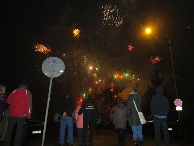 Příchod roku 2014 přivítal Frýdek-Místek tradičním ohňostrojem. Oblohu ozářil zhruba na 12 minut a odpálen byl ze tří míst podél pravého břehu řeky Ostravice.
