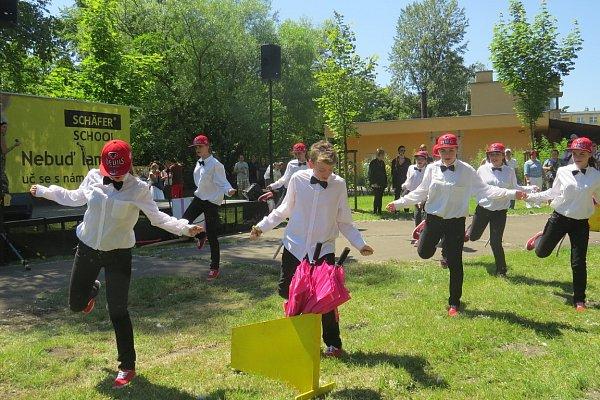 Dětský den se Schäfer school ve Frýdku-Místku.