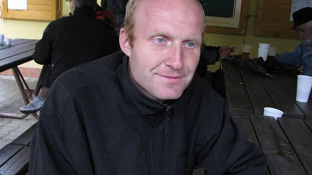Karel Turoň byl během Mezinárodní dřevorubecké soutěže nespokojen pouze se špatným počasím.