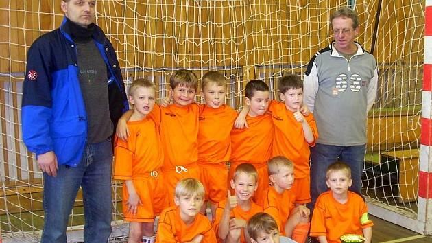 Vítězem mezinárodního turnaje benjamínku se stali mladí fotbalisté z Kozlovic.