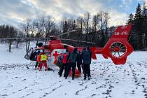 Záchranáři zasahovali v těžko přístupném terénu v Beskydech.