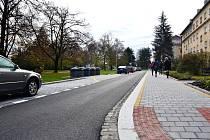 V Třinci začala druhá etapa rekonstrukce několik set metrů dlouhé ulice v Třinci. Takto vypadá její část, která byla zrekonstruována na podzim.