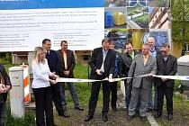 Slavnostní zahájení stavby. Na snímku je také starosta Vendryně Rudolf Bilko (vpravo – v oranžové košili).