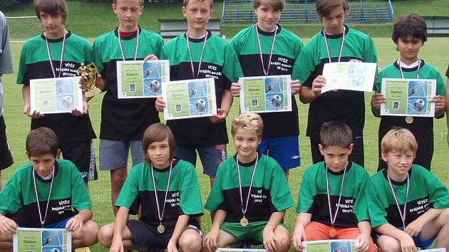 Velkého úspěchu dosáhli mladší žáci Starého Města, kteří se stali vítězi své skupiny krajské soutěže.