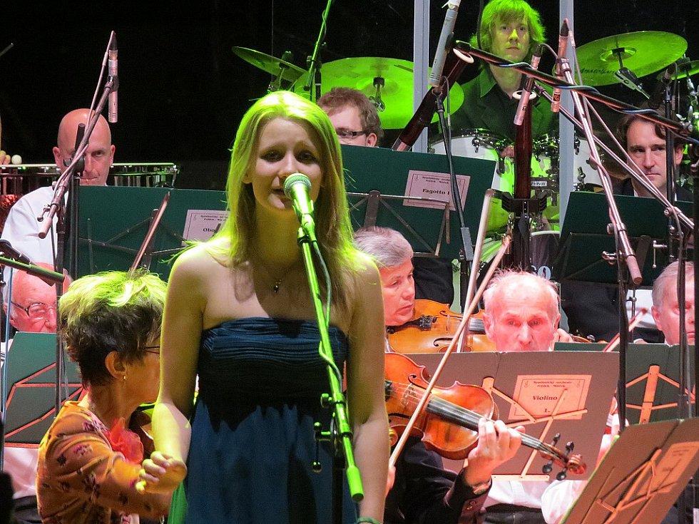 Ve Frýdku-Místku vypukl ve středu večer dvanáctý ročník Sweetsen festu. Začal koncertem symfonického orchestru v hale Polárka.