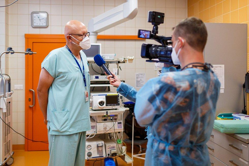 Workshop terapeutické endoskopie absolvovali lékaři a sestry Nemocnice ve Frýdku-Místku.