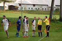 Fotbalisté Dobratic pokračují na vítězné vlně, když v domácím prostředí zdolali celek Petřvaldu 3:1.