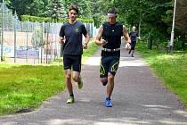 Běh s mobilem se v třineckém lesoparku vyplatí sportovcům, kteří chtějí mít přehled třeba o naběhaných kilometrech. Zároveň mohou na dvou tratích porovnávat své výkony s ostatními.