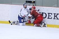 Osmifinálový duel mezi hokejisty z Benátek nad Jizerou a Frýdkem-Místkem musí rozhodnout až sedmé střetnutí.