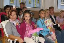 V pondělí začal nový školní rok a také do 6. ZŠ ve Frýdku-Místku dorazili noví prvňáčci.