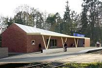 Takto bude podle architektonického návrhu vypadat zbrusu nová železniční zastávka v Čeladné. Dostavěna by měla být v průběhu příštího roku.