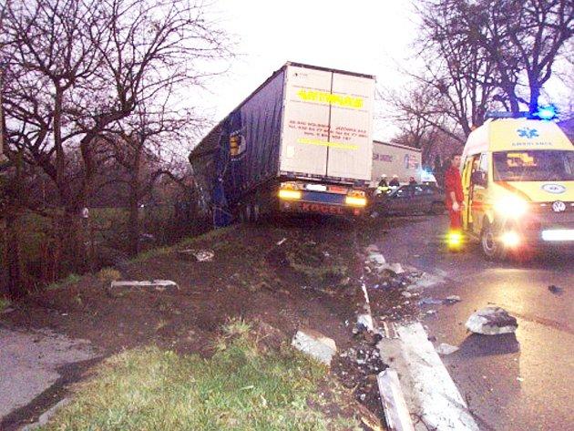 Hromadná nehoda v Třinci-Neborech.