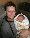Viktorie Citnarová s tatínkem, Dolní Domaslavice, nar. 30. 11., 48 cm, 3,12 kg. Nemocnice ve Frýdku-Místku.