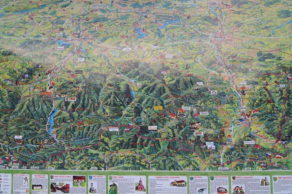 Ostravice umožňuje turistům, aby se vydali na mnoho turistických tras vedoucích v okolí.
