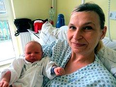 Ondřej Mojžíšek s maminkou, Frýdek-Místek, nar. 15. 8., 48 cm, 3,37 kg, Nemocnice Frýdek-Místek.
