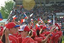 Slavnostní nástup českých družstev na olympiádě ve francouzském Mulhouse.