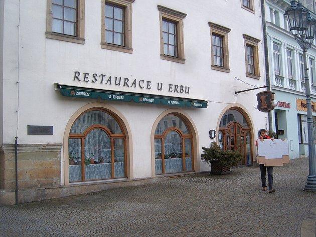 Restaurace U erbu na Zámeckém náměstí ve Frýdku-Místku.