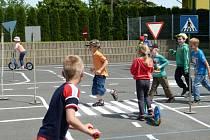 Dopravní hřiště v Palkovicích už mladí účastníci silničního provozu vyzkoušeli.