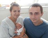 Radim Lacko s rodiči, Pržno, nar. 28. 8., 48 cm, 2,80 kg. Nemocnice ve Frýdku-Místku.