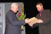 V pátek navečer předal primátor Frýdku-Místku Petr Cvik tři Ceny statutárního města Frýdku-Místku.