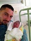 Zoe Smržová s tatínkem, Kozlovice, nar. 9. 9., 50 cm, 3,61 kg.  Nemocnice Frýdek-Místek.