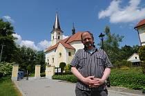 Farář Jan Vecheta.