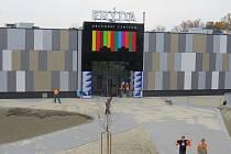 Listopad 2014. Téměř hotovo. Obchodní centrum Frýda otevírá své brány ve čtvrtek 13. listopadu.