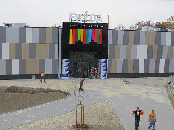 Listopad 2014.Téměř hotovo. Obchodní centrum Frýda otevírá své brány ve čtvrtek 13.listopadu.