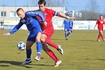 Třinečtí fotbalisté neprohráli ani druhé jarní utkání, když v domácím prostředí porazili tým Varnsdorfu 2:1.