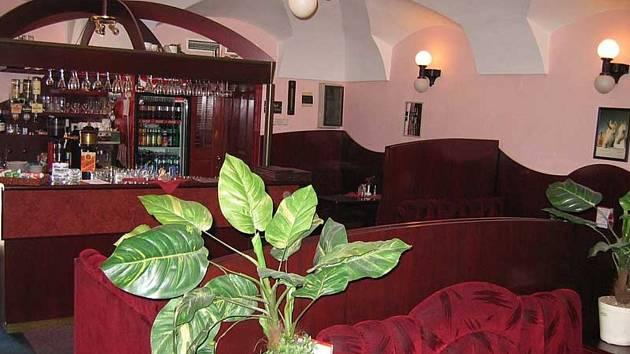 Restaurace v prostorách brušperského Národního domu byla nabízena k pronájmu, ale neúspěšně.