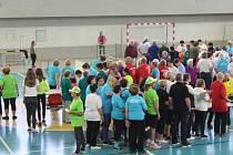 Stovky účastníků zápolily v řadě sportovních aktivit při krajských sportovních hrách seniorů v Třinci.