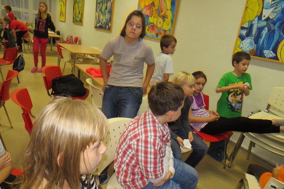 Školní akademií vyvrcholil v pátek večer zábavný den na 6. ZŠ ve Frýdku-Místku.
