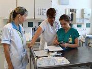 Studenti skládají praktickou maturitní zkoušku. Foto: archiv Nemocnice