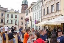 Zámecké Náměstí ve Frýdku-Místku ožilo hudbou, divadlem a zpěvem