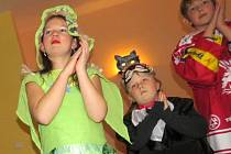 Děti se v sobotu bavily na maškarním karnevalu v Horní Lomné.
